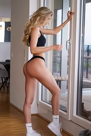 Nackt Blanca Suarez  41 Sexiest